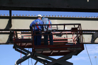 NDT inspection of bridge girders